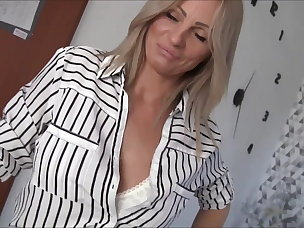 Best Cougar Porn Videos